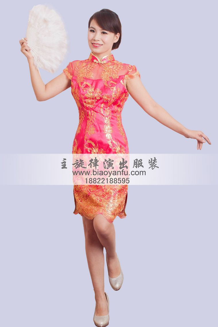 玫红亮片旗袍